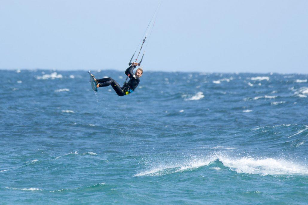 Kiteboard backroll