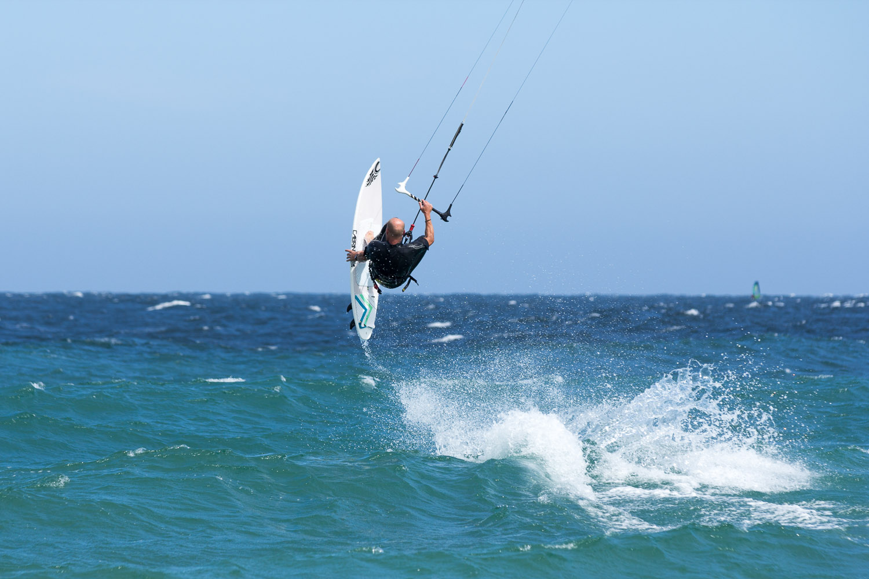 kitesurf strapless backroll